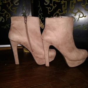 NWOT Soft High Ankle Boots